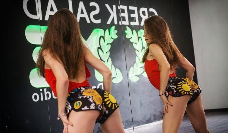 Зажигательная Катя Шошина: видео-подборки тверка