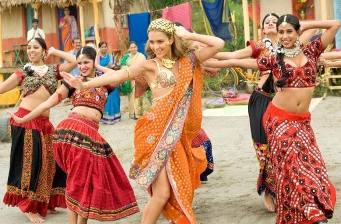 Индийский танец Болливуд: уроки онлайн для начинающих (ч. 1)